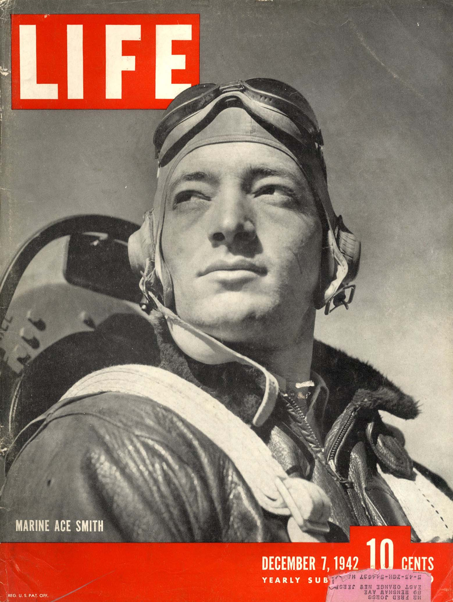 Life magazine 100 photos 100 Photographs That Changed the World: Editors of Life